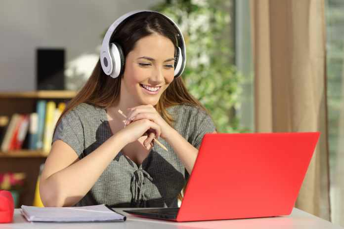 ARE ONLINE CLASSES LESS EFFECTIVE